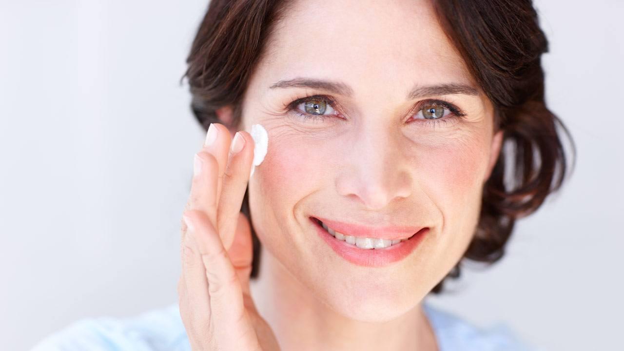 آیا محصولات حاوی کلاژن واقعا تاثیر مثبتی روی پوست دارند؟