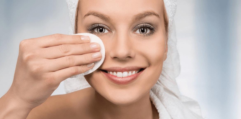 بهترین ترکیبات برای کاهش منافذ پوست