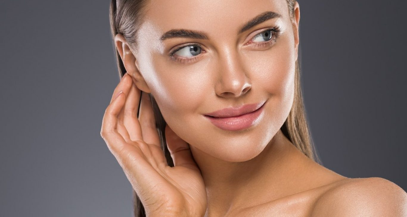 معروفترین و موثرترین روشهای غیر تهاجمی برای جوانسازی و رفع معایب پوست